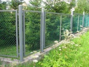металлический забор из рабицы