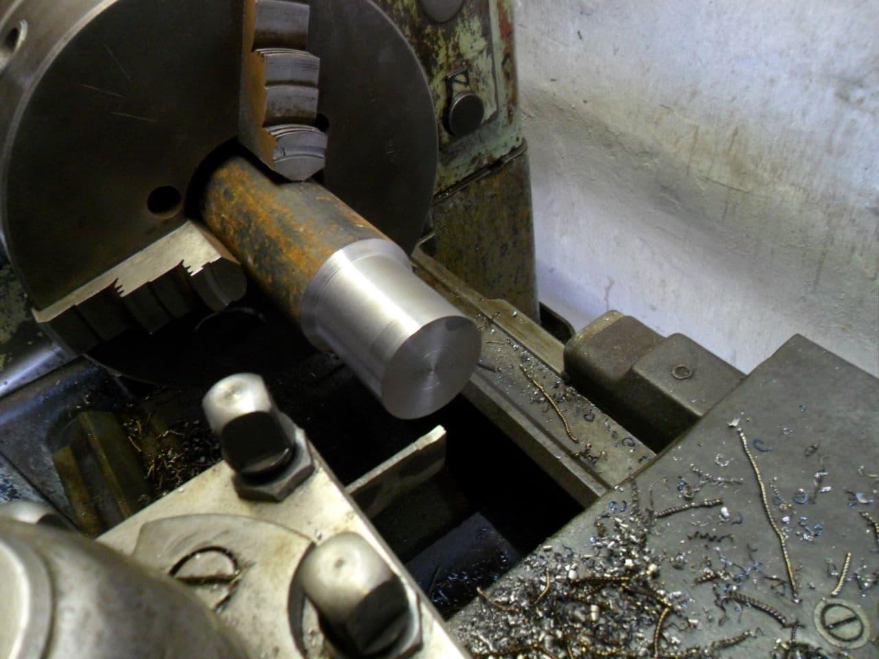 Обработка цилиндрических поверхностей
