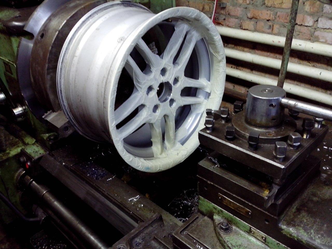 расточка центрального отверстия диска