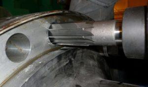Развертка отверстий в металле