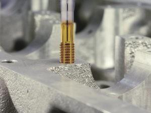 Нарезка резьбы в алюминии