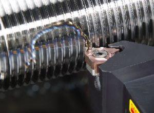 Нарезание резьбы на токарных станках резцом