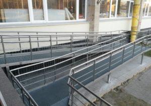 пандус из металла и бетона на заказ