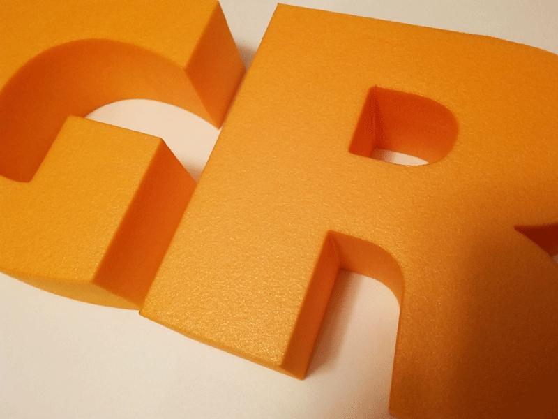 Большие буквы из пенопласта
