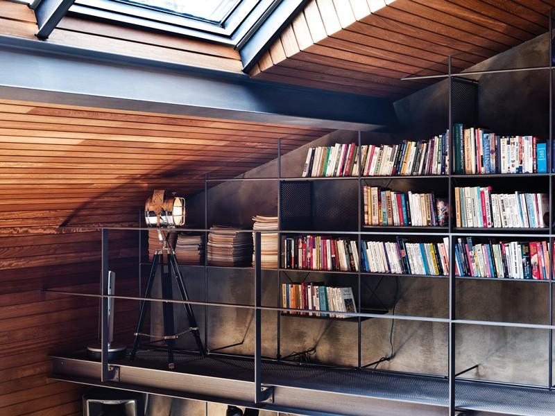 Книжные полки лофт