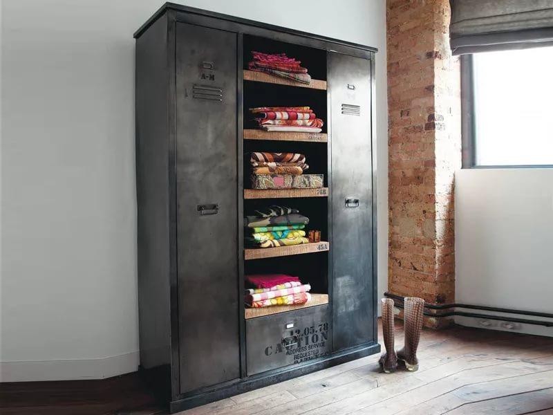 Металлические шкафы в стиле лофт