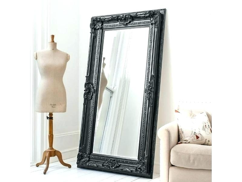 Напольное зеркало в стиле лофт