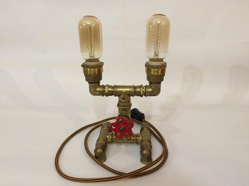 Настольные лампы в стиле лофт