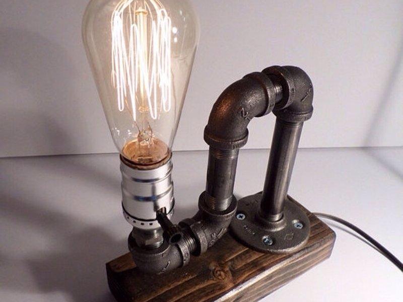 Настольный светильник loft