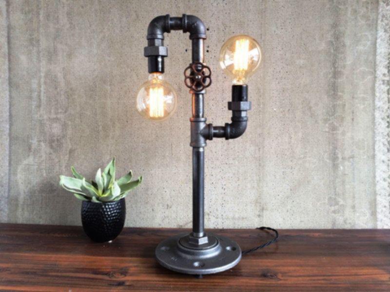 Настольные светильники в стиле лофт (loft)