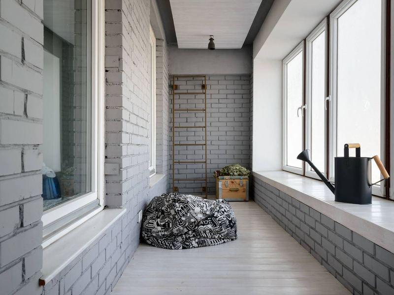 Ремонт балкона в стиле лофт