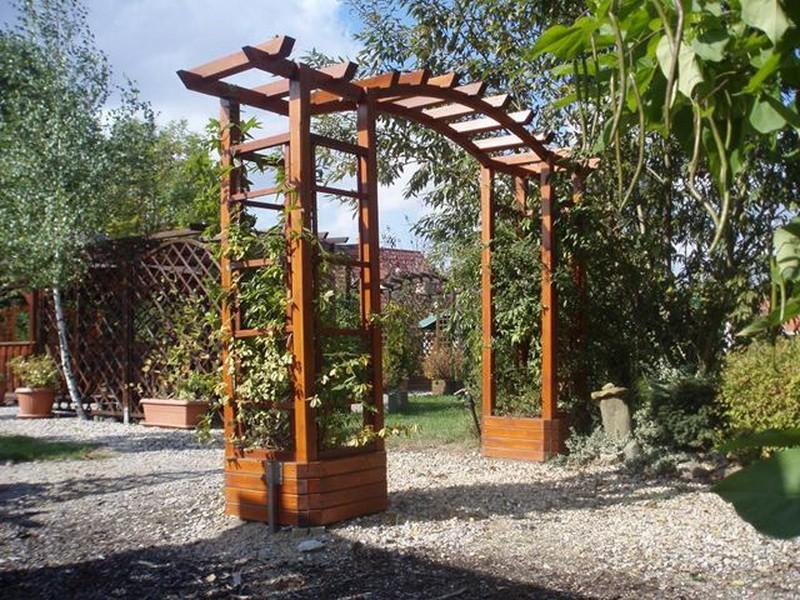 Деревянные арки для сада
