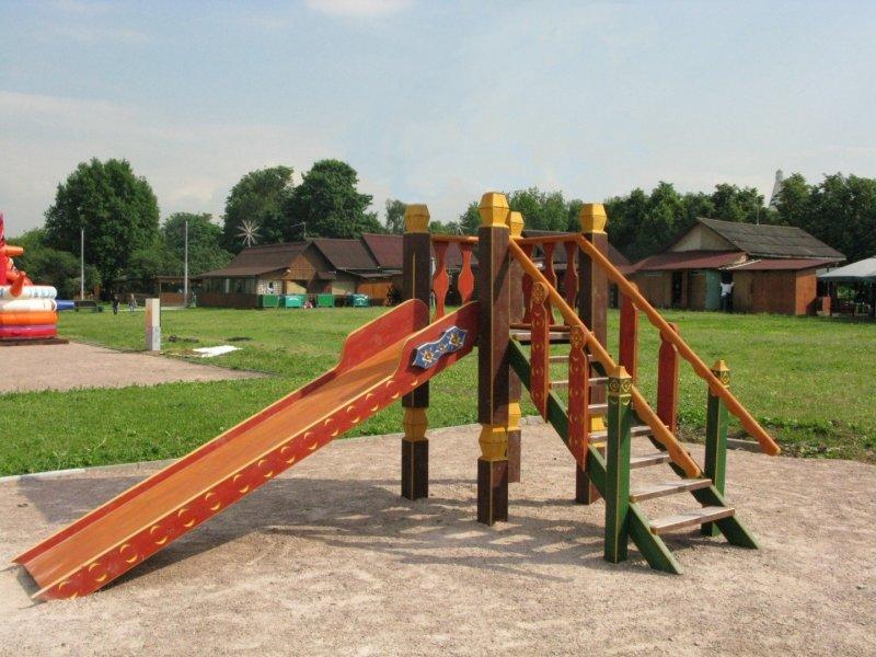 Горка деревянная для детей