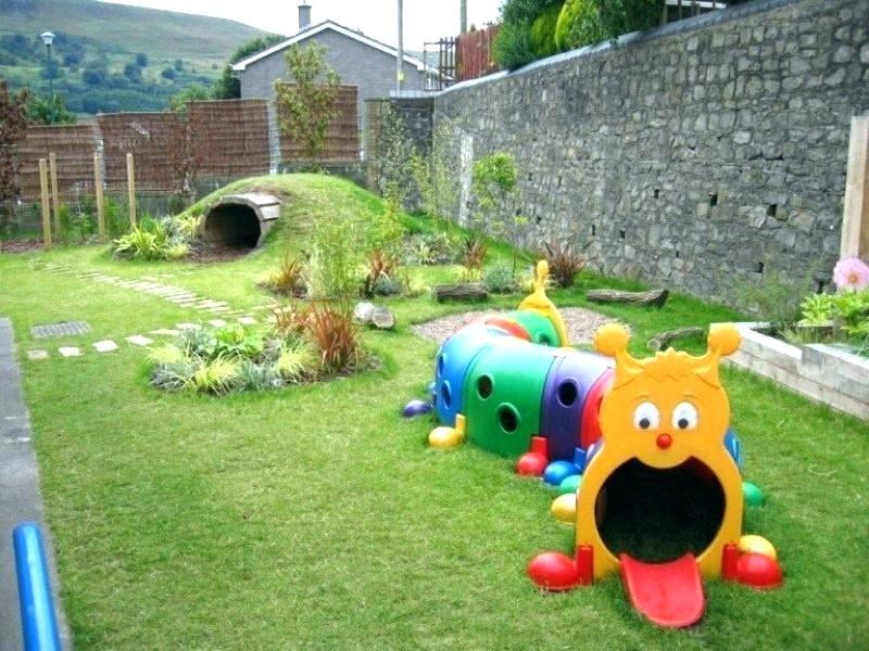Детские пластиковые площадки для дачи