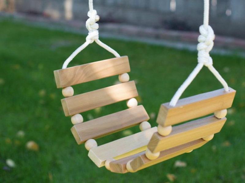 Детские подвесные качели для дачи