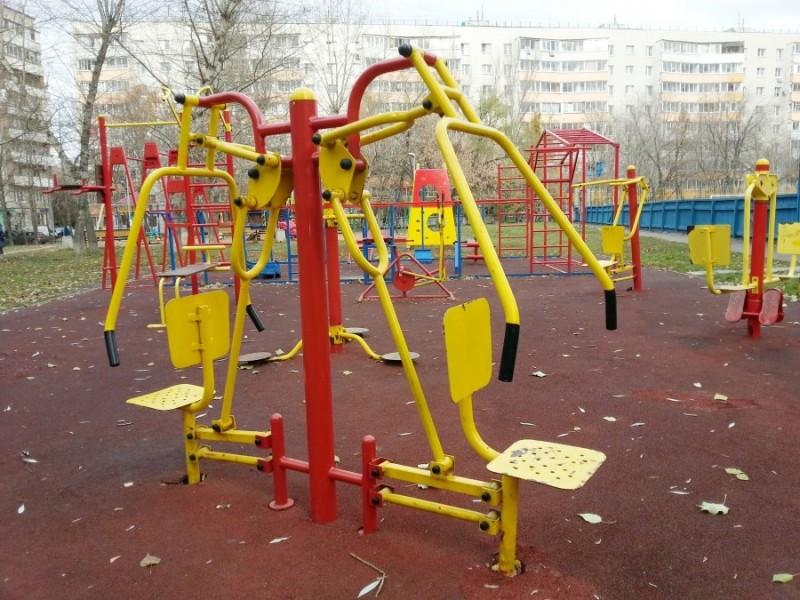 Детские уличные тренажеры