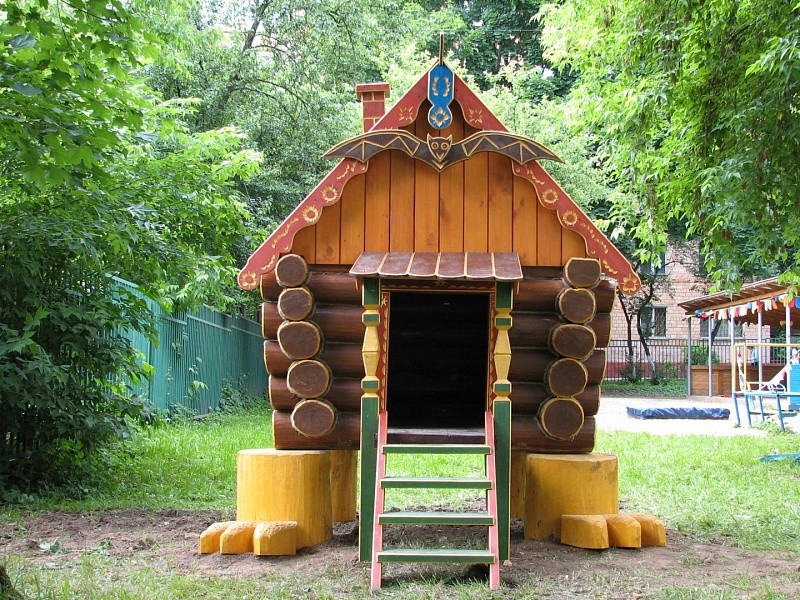 Детский домик для садика