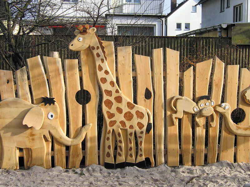 Деревянный детский забор