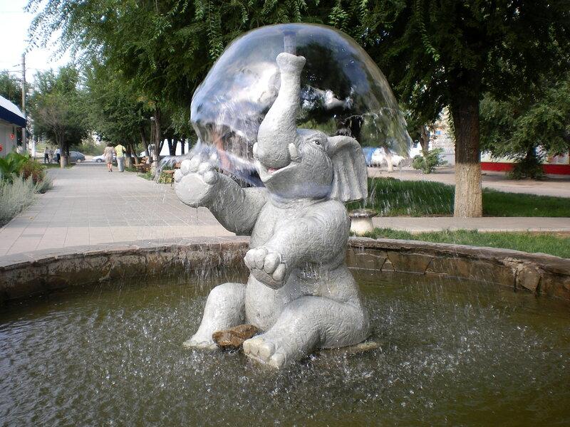 Фонтан скульптура
