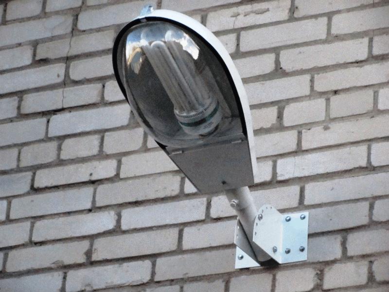 Кронштейн для светильника уличного освещения