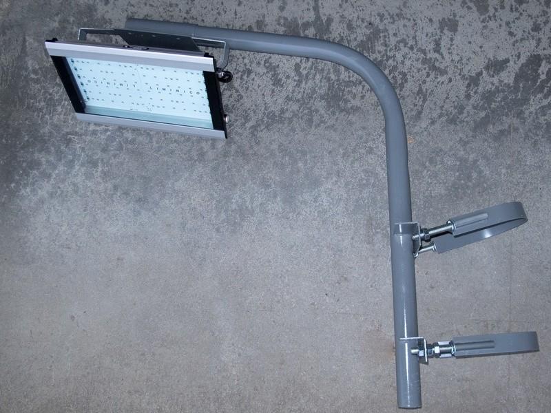 Кронштейн для уличного светильника