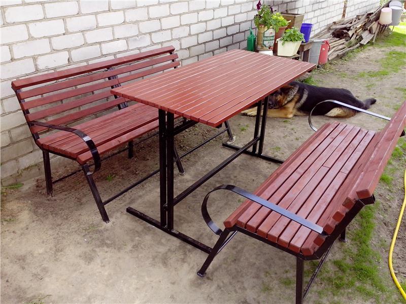 Металлический стол для дачи