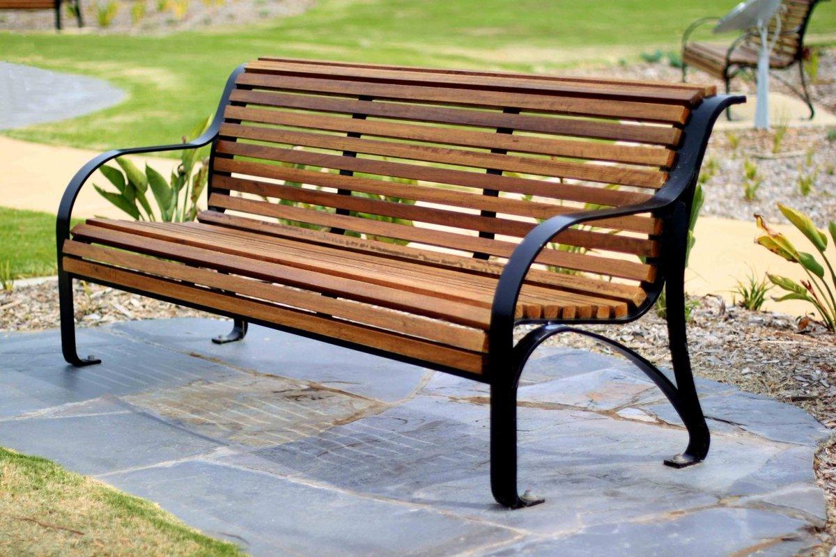 достопримечательности картинки скамейки уличные любящие