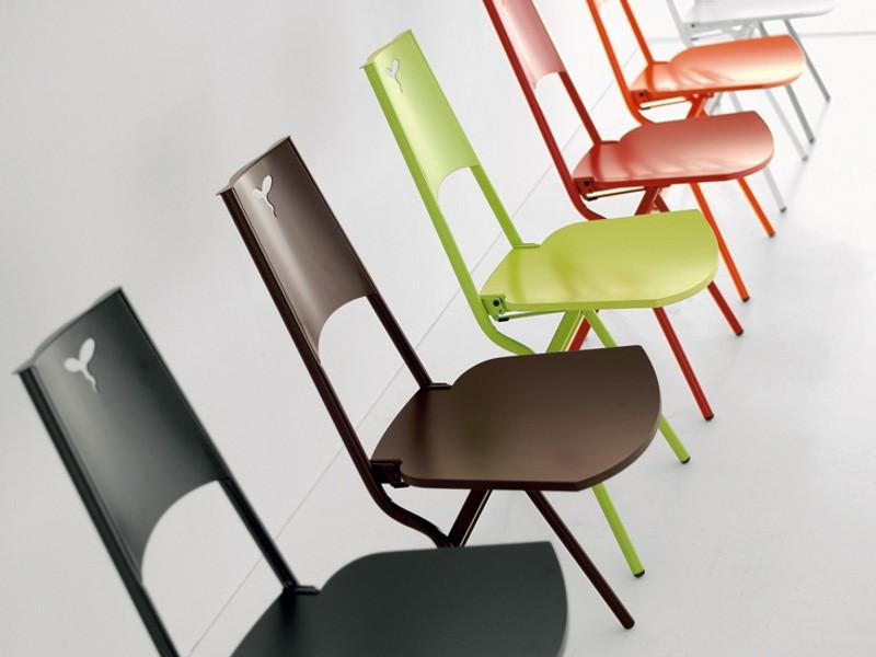 Металлические складные стулья со спинкой