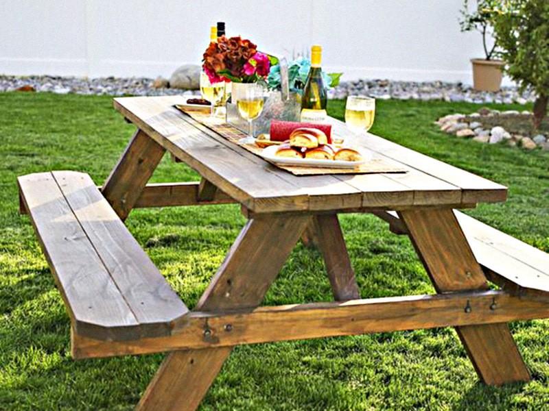 Стол для пикника со стульями