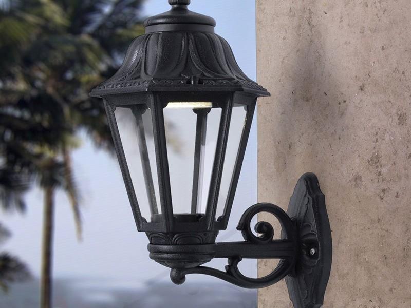 Светильник уличный настенный