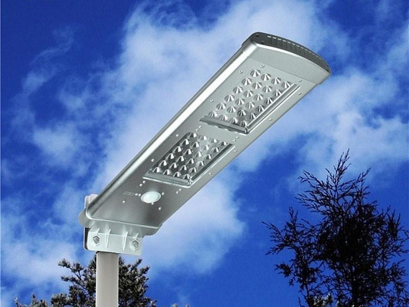 Уличный светодиодный фонарь на столб
