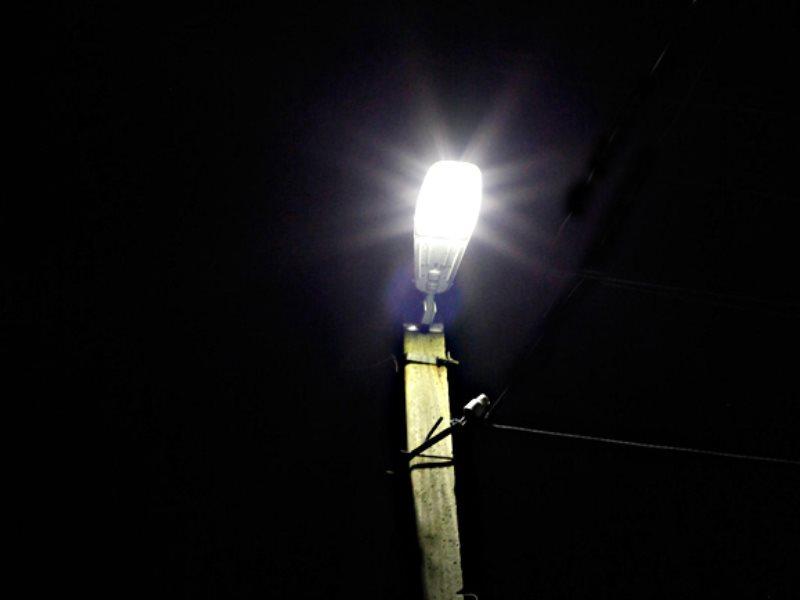 Уличный фонарь на столб