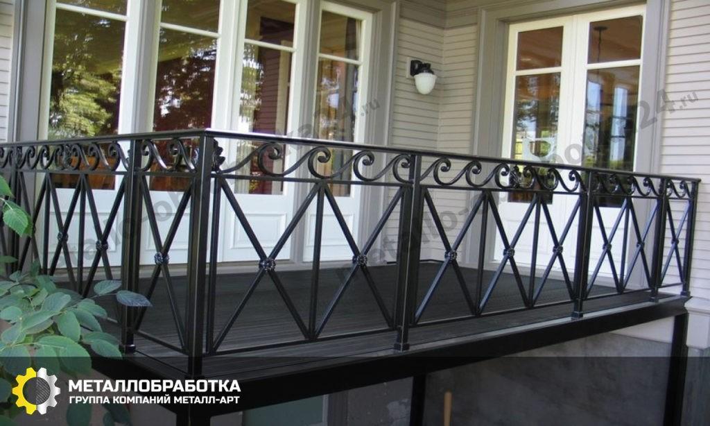 Ограждение для балкона в частном доме