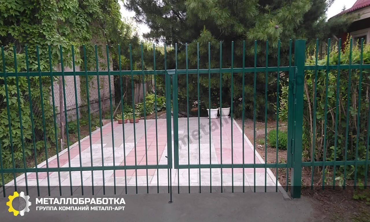 Сварной забор из профильной трубы