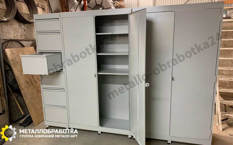 metallicheskie-shkafy-dlya-garazha (5)