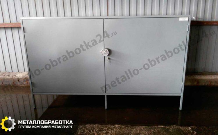metallicheskiy-shkaf-s-polkami (2)