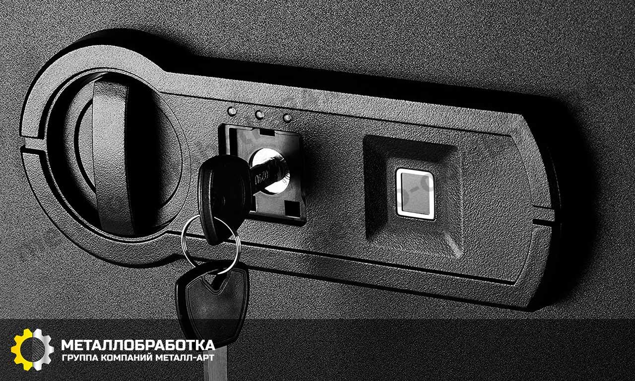 заказать сейф с биометрическим замком