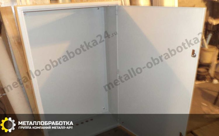 yashchik-metallicheskiy-dlya-elektrooborudovaniya (1)