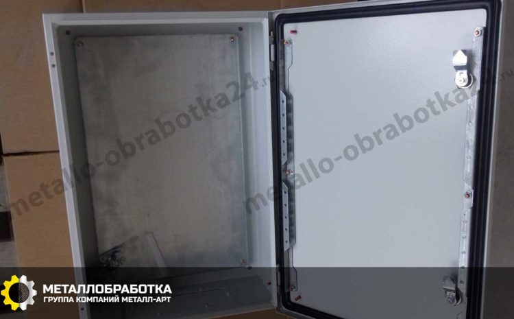 yashchik-metallicheskiy-dlya-elektrooborudovaniya (5)